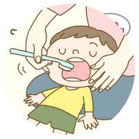 milkteeth_brushing_200